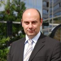 Jean-Michel Giordanengo est aussi président de Pivotal France, une entité séparée d'EMC France.