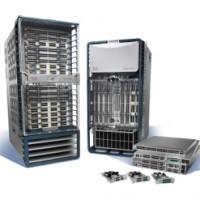 Le Nexus 9000 avec son contrôleur APIC (Cisco Application Policy Infrastructure Controller) vise les clients qui recherchent une solution totalement intégrée.