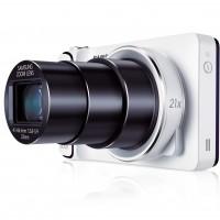 Le Galaxy Camera illustre la volonté de Samsung d'abatre les frontières entre smartphones et appareils photo