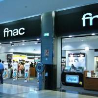 Les magasins Fnac proposent les offres RED de SFR et des mobiles nus