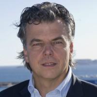 « Nous et nos homologues sommes les seuls à avoir déjà suffisamment investis pour offrir aux entreprises des outils robustes au moment où toutes veulent être présentes sur le web marchand ». Marc Schilaci, dirigeant de l'éditeur Oxatis.
