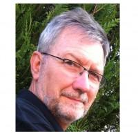 Lucien Crevel, vice-président Audio-vidéo Domotique du syndicat S2ICF : « Les installateurs issus des mondes informatique et télécom peuvent être très à l'aise sur ce marché, mais il leur manque une partie du savoir-faire : l'expérience sur la partie chantier.»