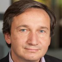 « Vendre des logiciels va permettre à nos partenaires de générer davantage de marge autour de nos copieurs, voire des revenus récurrents lorsque les applications sont en mode SaaS », indique Etienne Maraval, le directeur marketing et communication de Lexmark France.