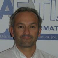 Julien Cahoreau, le co-gérant d'Aetia Informatique, veut renforcer la proximité de la société avec ses clients en s'implantant à Brest.