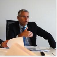 Le Plan Shift initié par Michel Combes, directeur général d'Alcatel-Lucent et visant à redresser la barre d'un navire à la dérive, commence apparemment à porter ses fruits. (crédit : S.L.)