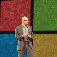 Satya Nadella, le CEO de Microsoft, sur scène lors de la WPC 2015. Crédit photo : D.R.