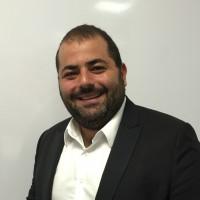 Yohann Journo est le responsable de la nouvelle agence de DFM à Clichy.