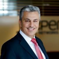 Avant de rejoindre Juniper, Khalid Khalil a occupé divers postes à responsabilités chez ASG Software, HP et Brocade.