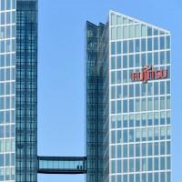 La forte concurrence du marché pousse Fujitsu à revoir sa stratégie, le groupe annonce qu'il séparera les activités PC et smartphones en 2 entreprises à compter du mois de février 2016. (Crédit D.R.)