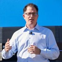 Après avoir engagé le rachat du spécialiste du stockage EMC par son groupe, Michael Dell a besoin d'argent pour le financer. (crédit : D.R.)