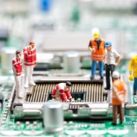 Plutôt que changer le processeur et la carte mère, les utilisateurs font évoluer les composants additionnels comme la carte graphique ou le disque dur pour un SSD (Crédit D.R.).