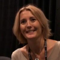 Sophie Deleval, directrice générale d'Ingram Micro France estime que les revendeurs comme les grossistes n'ont pas d'autres choix que de se tourner massivement vers les services.