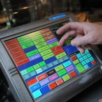 A partir de janvier 2018, les logiciels de caisse et de facturation devront avoir évolué pour lutter contre la fraude à la TVA. Crédit photo : D.R.