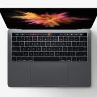 Le MacBook Pro 13 pouces avec Touchbar est une brique de la vitrine technologique actuelle d'Apple. (crédit : D.R.)