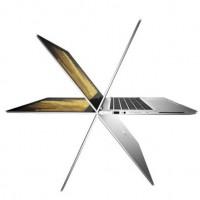 Avec sa charnière renforcée, l'écran tactile de l'Elitebook x360 peut pivoter pour se transformer en tablette. (Crédit D.R.)