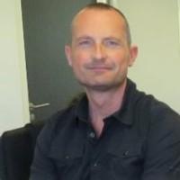 Gregory Makiela, fondateur du cabinet de recrutement NextGen RH et ancien directeur d'agence d'Alten, estime que les délais de réponse lors des phases d'embauche sont trop longs.