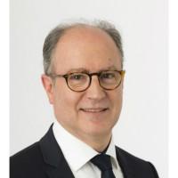 Claude Allabert, directeur channel de Canon France : « La vocation du réseau Fac-Similé est d'apporter le savoir-faire de Canon en matière de solutions à une clientèle majoritairement locale. Le rachat de Proseb est un moyen de remplir encore mieux cette mission.»