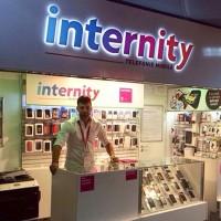 Pour retrouver de la rentabilité, Avenir Telecom avait vendu sa chaine de magasins Internity. (crédit : D.R.)