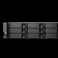 Les NAS au format rack TS-X53BU peuvent embarquer jusqu'à 12 unités de stockage. (crédit photo : QNAP).