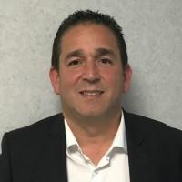 Hervé Berrebi, le responsable du channel SMB de Lenovo pour la partie PC s'appuie sur la ventes flash de PC par lots aux partenaires pour renforcer leur engagement et accroître les revenus du fabricant. (crédit photo : Lenovo).