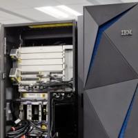 91% des personnes interrogées considèrent le mainframe comme une plate-forme viable à long terme, ici le z14 lancé par IBM en juillet 2017. (Crédit IBM)