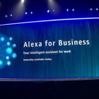 Werner Vogels, le CTO d'Amazon, a présenté Alexa for Business à re:Invent 2017 le 30 novembre à Las Vegas.(crédit : AWS)