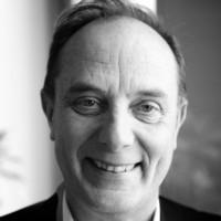 Dominique Meurisse dispose d'une expérience de 30 ans du management dans l'industrie IT.