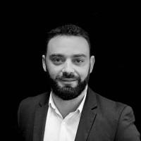 Agé de 38 ans, Fabien Guyot, directeur d'Exakis Toulouse, a commencé sa carrière en 1998 en tant qu'officier marinier. (Crédit : Exakis)