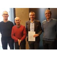 Les trois co-gérants de 3C Systèmes, Francis Chartier (à gauche), Vincent Chapalain (deuxième à gauche) et Patrick Crombez (à droite) vont rejoindre l'agence rennaise de Dynamips, dont le groupe est dirigé par Antoine Voillet (deuxième à droite). (Crédit : D.R.)