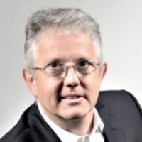 Christophe Gendre a débuté sa carrière chez AT&T avant de la poursuivre chez NCR et Teradata aujourd'hui en tant que directeur France. (crédit : D.R.)