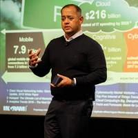 « La création d'une division CloudBlue dédiée et indépendante nous permet d'accélérer nos efforts pour aider les fournisseurs de services à réussir dans une économie as a service », Nimesh Davé, vice-président en charge du cloud computing chez Ingram Micro. (Crédit : Ingram Micro)