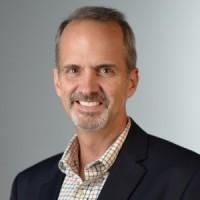 « Notre vision des choses est que les partenaires souhaitent être le seul point de contact dans l'accompagnement des entreprises vers le cloud », explique Jay Workman, le directeur senior en charge des programmes cloud provider de VMware.