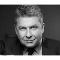 « Avec notre ancienne organisation, nous pouvions faire intervenir jusqu'à trois interlocuteurs différents chez un même client. Aujourd'hui, un seul suffit », se félicite Stéphane Clément, le Directeur Exécutif - Commerce, Offre et Marketing des solutions digitales de Jouve.