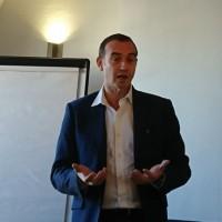 Avant la présentation des nouveautés de Solidworks 2019, Steve Lejeune, directeur des ventes professionelle channel, zone Eurowest chez Dassault Systèmes est revenu sur l'histoire et les valeurs de l'éditeur. (Crédit : Nicolas Certes)