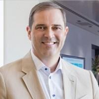 Focus sur les salaires des dirigeants de Cisco, dont près de 21,28 M$ pour le seul Chuck Robbins, CEO de l'équipementier. (Crédit D.R.)