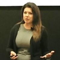 Jennifer Meyer, directrice des produits cloud de NetApp a confirmé la volonté du fournisseur de se renforcer dans les principaux clouds publics. (crédit : N.C.)