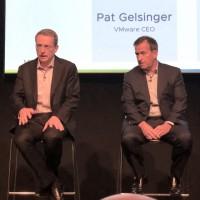 Pat Gelsinger, CEO de VMware (à gauche) et Jean-Pierre Brulard, vice-président et directeur général EMEA de VMware lors du VMworld Europe 2018 à Barcelone. (Crédit : S.L.)