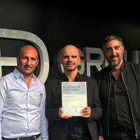 Groupe DFM, fondée par (de gauche à droite) Dan Djorno, Franck Makaci et Mikaël Guenni, a obtenu le label Platinum de Canon fin 2018. (Crédit : Croupe DFM)