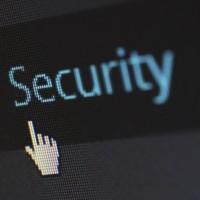 Les moyens d'authentification sans mot de passe sont l'une des pistes mises en avant par Gartner pour améliorer la sécurité de ses solutions dans les années à venir. (crédit : pixelcreatures / Pixabay)