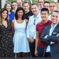 Les fonds récoltés par la start-up ReachFive pilotée par Jeremy Dallois (a droite au premier rang) lui permettront d'exporter sa plate-forme de gestion des identités sur les marchés européens. (Crédit : ReachFIve)