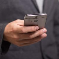 Prix des appareils, attentes vis-à-vis de la 5G, cycles de rempalcement plus longs... Les raisons ne manquent pas pour expliquer la mauvaise santé du marché des smartphones selon IDC. (Crédit : niekverlaan, Pixabay)
