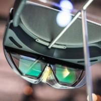 Le kit de développement HoloLens 2 sera aussi disponible à la location pour 99 dollars par mois. (crédit : D.R.)