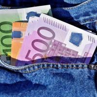 L'entreprise qui rémunère le mieux ses employés en France est à Oracle (70 K€ bruts annuels), suivi par SAP (65 K€) et Microsoft (63 K€). (Crédit : Capri23auto / Pixabay)
