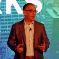 Michael Howard, CEO de MariaDB Corporation, lors de son keynote sur la conférence OpenWorks en mars 2019. (Crédit : MariaDB Corp)
