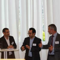 De gauche à droite (cliquer sur la photo) : Frédéric Bedel (Cheops Technology), Fabrice Alessi (Distributique), Serge Leblal (directeur des rédactions IT News Info) et Christian Basnier (Cheops Technology), lors de la remise du Trophée