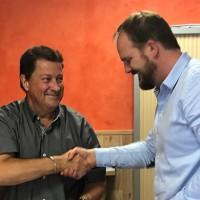 Michel Bernard, directeur d'ETG (à gauche), et Julien Rizzotti, gérant de Sybord, ont acté le rachat début juillet. (Crédit : YAG Conseil)