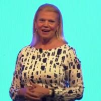 Virginia Rometty, CEO d'IBM, a encore du pain sur la planche pour remettre IBM sur le chemin d'une croissance stable. (crédit : D.R.)