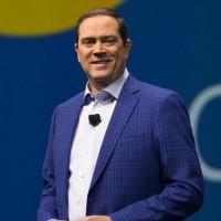 Chuck Robbins, CEO de Cisco : « Nous nous sommes embarqués dans un changement de business modèle et cela a impacté nos revendeurs. Cette transition n'est pas achevée mais nous avions promis d'élargir notre portefeuille de logiciels et nous l'avons fait. »