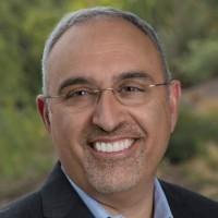 « Tout le monde sait que les clients veulent que la technologie soit fournie en tant que service, mais ils veulent aussi qu'elle le soit à leurs conditions. Notre approche leur donne le choix, la flexibilité et le contrôle, ce qui est le moteur du succès de GreenLake », avait dclaré Antonio Neri, le CEO de HPE, lors du salon HPE Discover 2019.