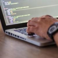 Principale préconisation : privilégier aussi souvent que possible une relation étroite entre les clients et les éditeurs de logiciels libres.